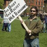 Cochran vs. McDaniel: Republican Body Language