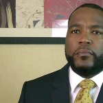 Umar Johnson Is the Smartest-Dumb Knee Grow On Social Media